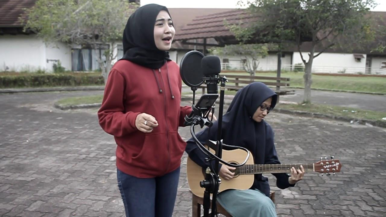 Download Astrid Jadikan Aku Yang Kedua Cover (Aprilia And Friends)