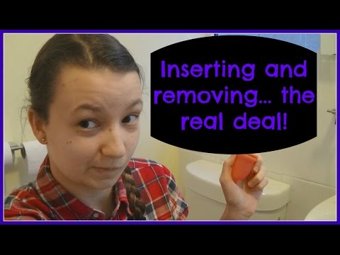 Inserting and removing a menstrual cup, the real deal!