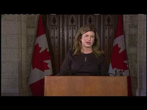 Fighting back tears, Interim Conservative leader Rona Ambrose remembers her