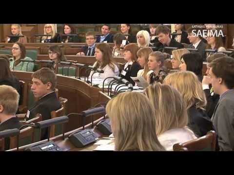 Sanākusi 3.Jauniešu Saeima