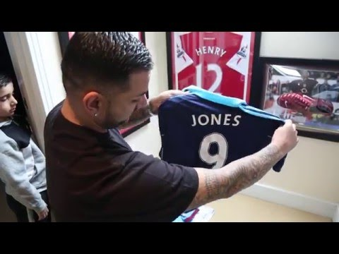 Yianni's INSANE Football Memorabilia House Tour!