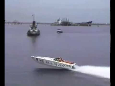 1982 Michelob Light Grand Bahama 200 Offshore Power Boat Rac