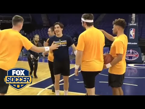 Hector Bellerin hits a sweet trick shot | FOX SOCCER