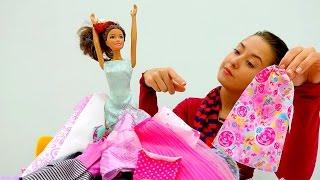 МонстрХай и Барби в салоне красоты. Видео про куклы