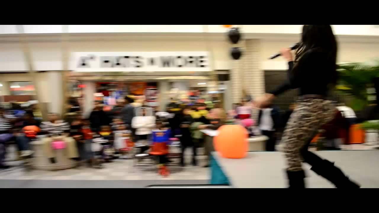 Dutch Square Mall >> Lil Phat Daddy Amina Halloween Performance At Dutch Square Mall