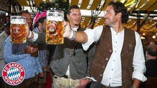New record - Van Buyten beats Martínez and Lewandowski! | FC Bayern Legends at Oktoberfest