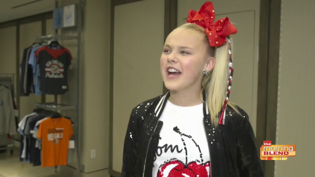 1e945a48f JoJo Siwa partners with the NFL for new fashions - YouTube