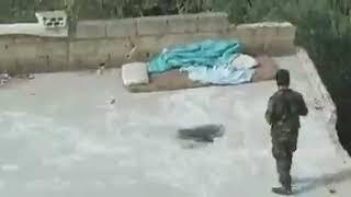 Barış Pınarı Harekatı'ndan sıcak görüntü! Keskin nişancı YPG'li teröristi böyle avladı.