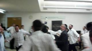 Simchas Beis Hashuevah part 2 20011 Aish Hatorah