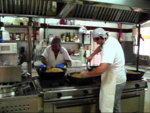 Formas de trabajo migas andaluzas comedor escolar for Trabajo de comedor escolar