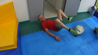 Андрюха на батутах Заигрывает с Девушками / Серый разбил колено