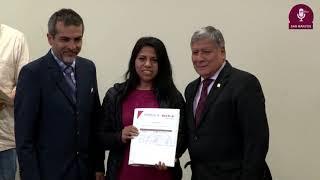 Tema: Más de 100 becas otorgadas para el Centro de Idiomas