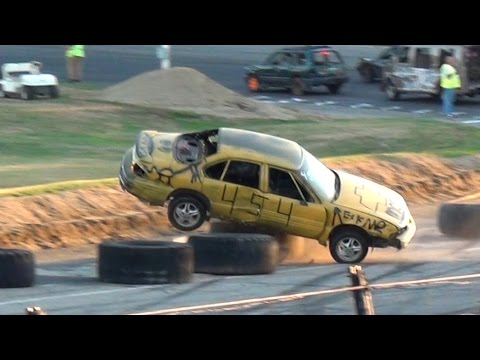 Backwards Drag Racing @Beech Ridge Day of Destruction July 2016