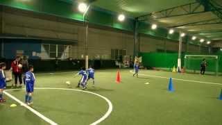 1対1練習メニュー1(マルバサッカースクール)【サカイク】