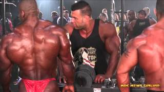 PUMP UP ROOM  2015 MR  Olympia
