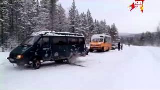 Беженцы живут в машинах на границе Мурманской области и Финляндии(видео: Алексей Михайлов., 2016-01-20T16:29:42.000Z)