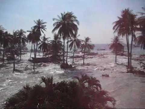 Tsunami at Phi Phi Island, 2004