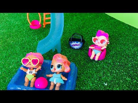 LOL bebekler aquaparkta ! Havuzda eğlenceli bir gün