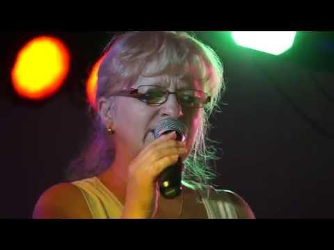 wolf-hess-showband---bossanova---kurpark-bad-klosterlausnitz---pfälzer-weinfest-2014