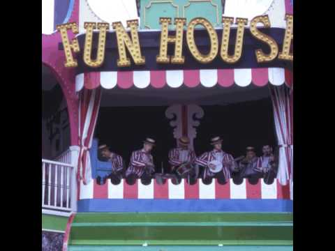 Palisades Amusement Park Fun House