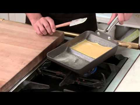 How To Make The Perfect Omelette In The Nordic Ware Rolled Omelette