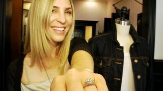 WHAT TO WEAR for Your Engagement Photos Thumbnail