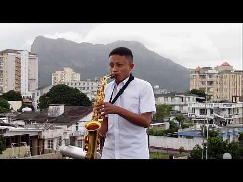 Ilay Silako - RakRoots Saxophone Cover By Hoby Randrianiaina