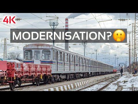 🇧🇬 Sofia Metro Tranis departing for Russia 🇷🇺  (4K Trainspotting video)