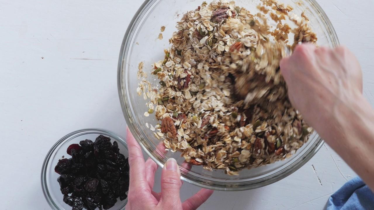 The best granola recipe youtube the best granola recipe forumfinder Gallery