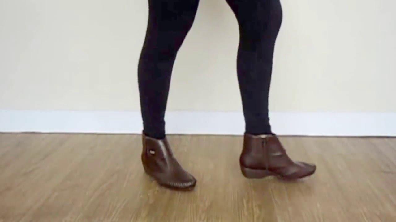 0d9b64ea7 bota cano curto rasteiro comfortflex - YouTube