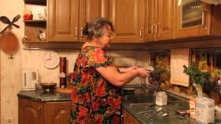 Как чистить серебро в домашних условиях?(Как чистить серебро в домашних условиях? как почистить серебряную ложку, и серебряные столовые приборы..., 2013-11-11T19:42:52.000Z)