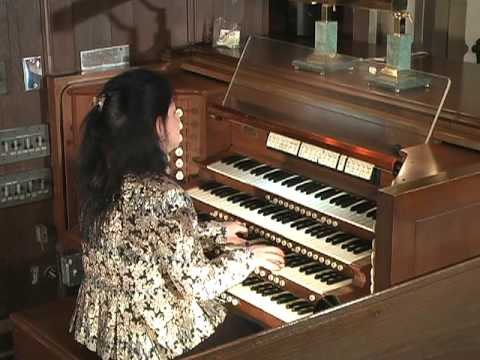Ellen MacLeay Performs Trumpet Tune and Voluntary on organ Henry Purcell