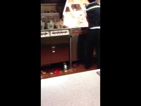 清掃不十分なマクドナルド