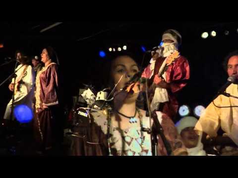 "TAMIKREST ""TIZARATE"" (live)"