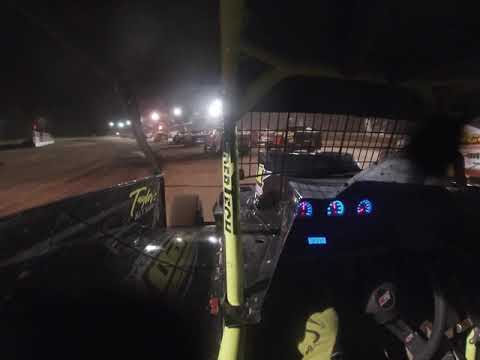 Albany saratoga speedway 358 9/13 feature pt1
