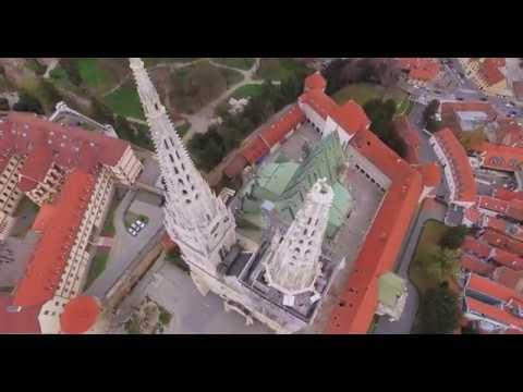 Srusen Vrh Tornja Zagrebacke Katedrale 22 3 2020 Www Crodrone Com Youtube