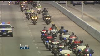 Chris Kyle funeral procession passes through Round Rock