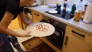 أخيرا البيزا الإيطالية 🇮🇹الأصلية بجميع اسرارها لا يفوتكم يا عشاق البيزا 🤗🤗🤗Pizza napoletana