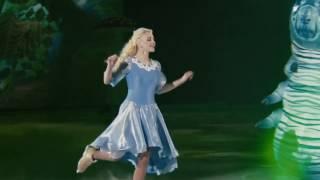 Алиса в Стране чудес на льду - Ледовый дворец