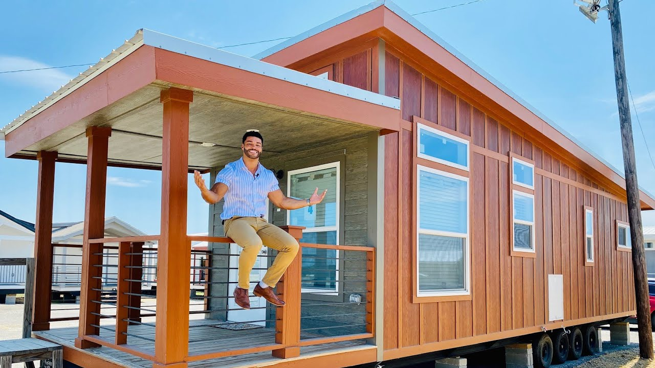 UNIQUE TINY HOME wedge roofline and shed roof combo