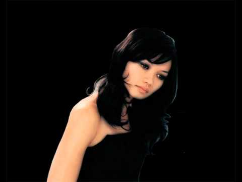 Bic Runga - 'ASHES TO ASHES' (Live)