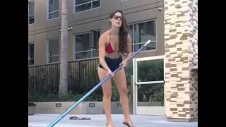 Грамотный подкат в бассейне