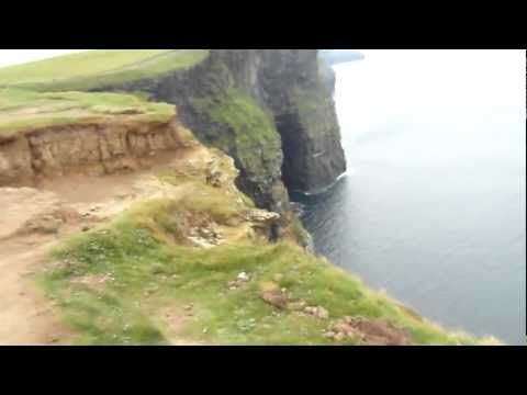 GUBERNSKI.COM Atlantic Ocean Cliffs of Moher IRELAND