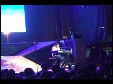 Fall Out Boy - Golden (live @ Charter One Pavilion 6/11/07)