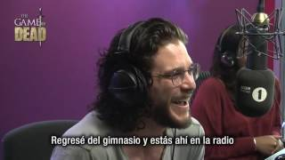 Kit Harington recibe llamada de Maisie Williams en Vivo (Subtitulado) thumbnail