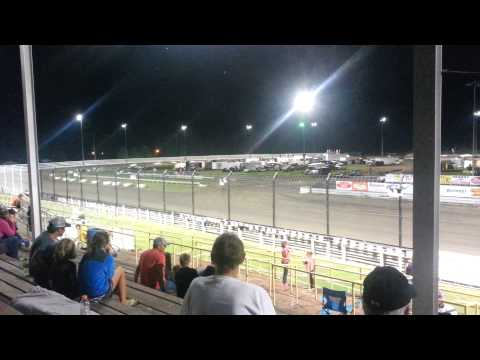 Southern iowa speedway Hobby stock feature 8/5/15