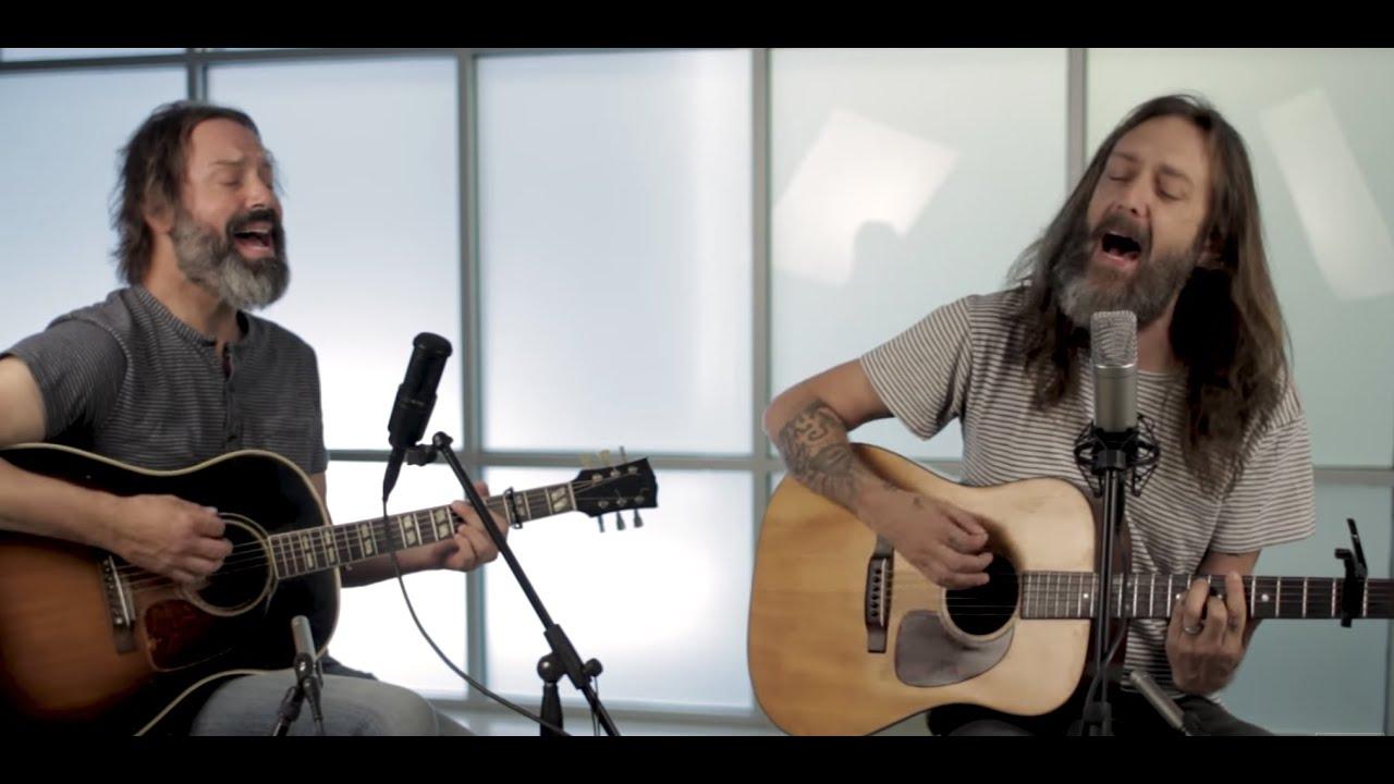 Chris Robinson Brotherhood Acoustic Guitar Session - YouTube