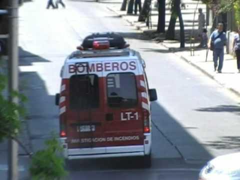 LT-1 a 10-1 en calle Emilio Valle, comuna de Til Til, Cuerpo de Bomberos de Santiago.