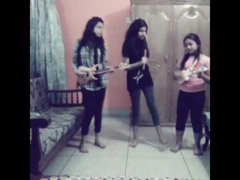 Najiba Abtahi sing a song chole gecho tate ki😋😋😋