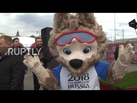 Russia: Ronaldinho and Okocha present tickets to fans for 2017 FIFA Confederations Cup